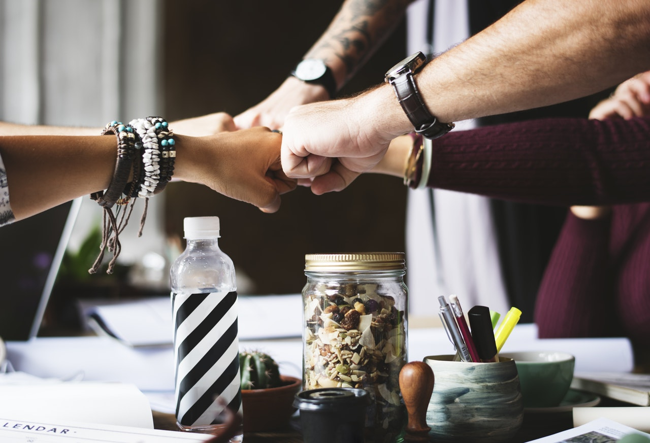 5 LEADERSHIP TRAINING ACTIVITIES THAT BOOST YOUR TEAM PERFORMANCE